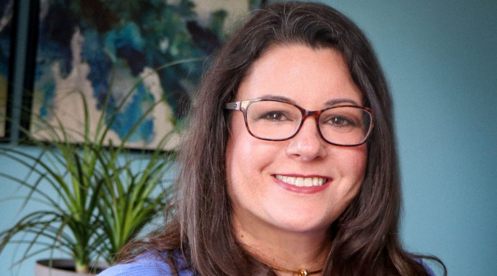 Dr. Jennifer Contarino